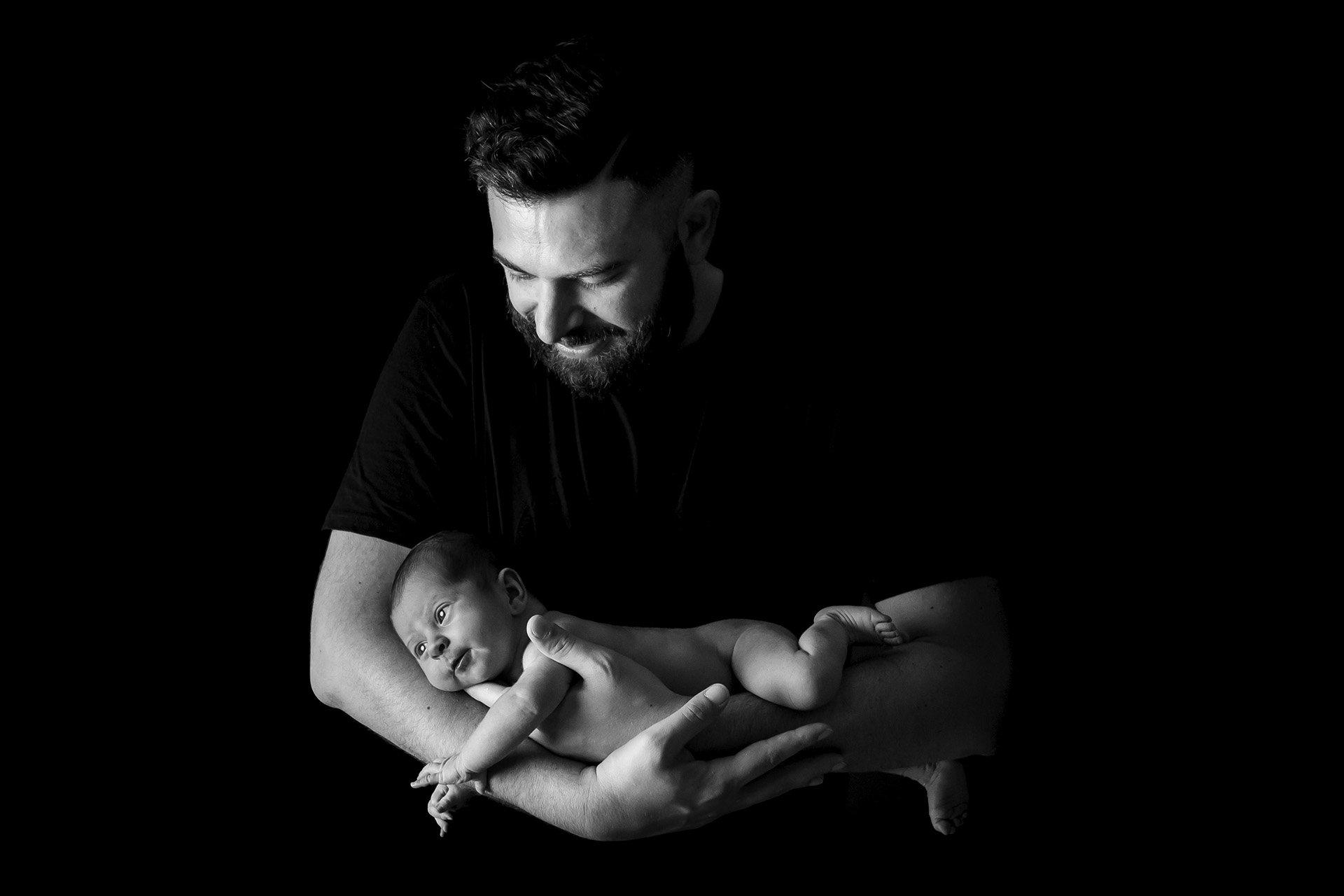 fotografo book newborn neonati bianconero alain battiloro