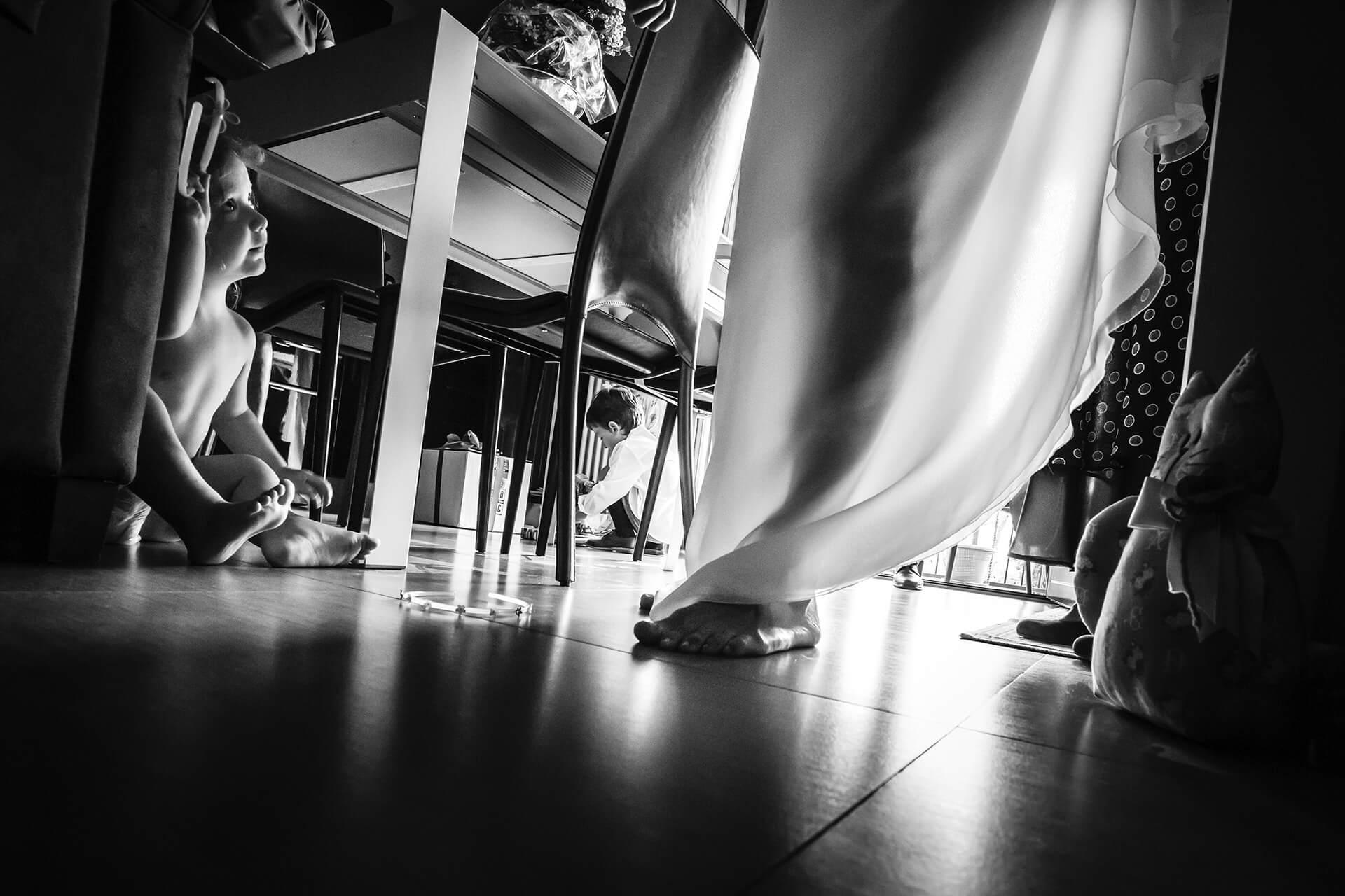 preparazione sposa matrimonio bimba abito alain battiloro fotografo